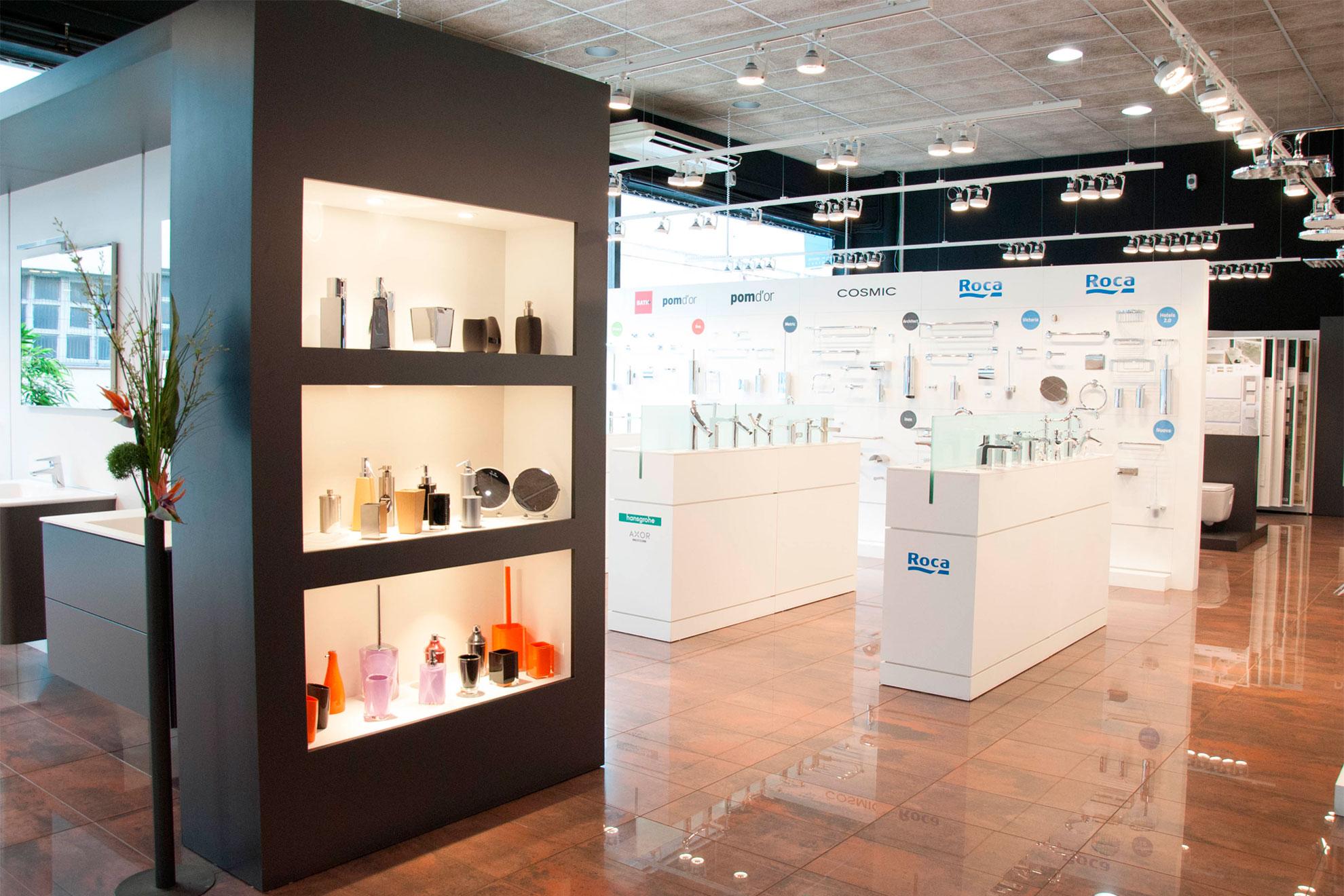 Exposiciones de Baños y Cocinas Fontgas. 2900m² de exposiciones.